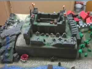 eine Ritterburg, die von den Kinder als Brettspiel selbst gebaut wurde